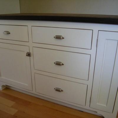 Mandina's Custom Kitchen Cabinets