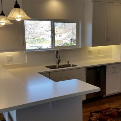 Modern Kitchen with under cabinet lighting