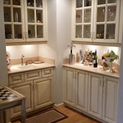 White Lacquer kitchen