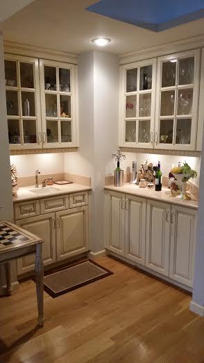 White Lacquer kitchen